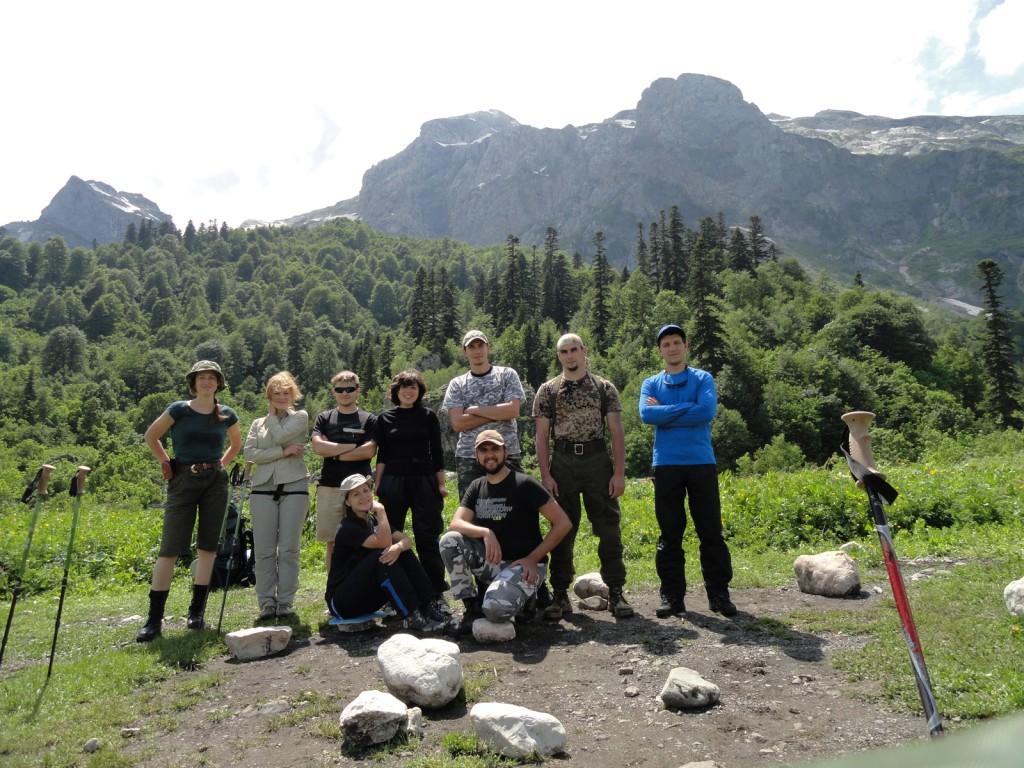 Общее фото на фоне горы Фишт