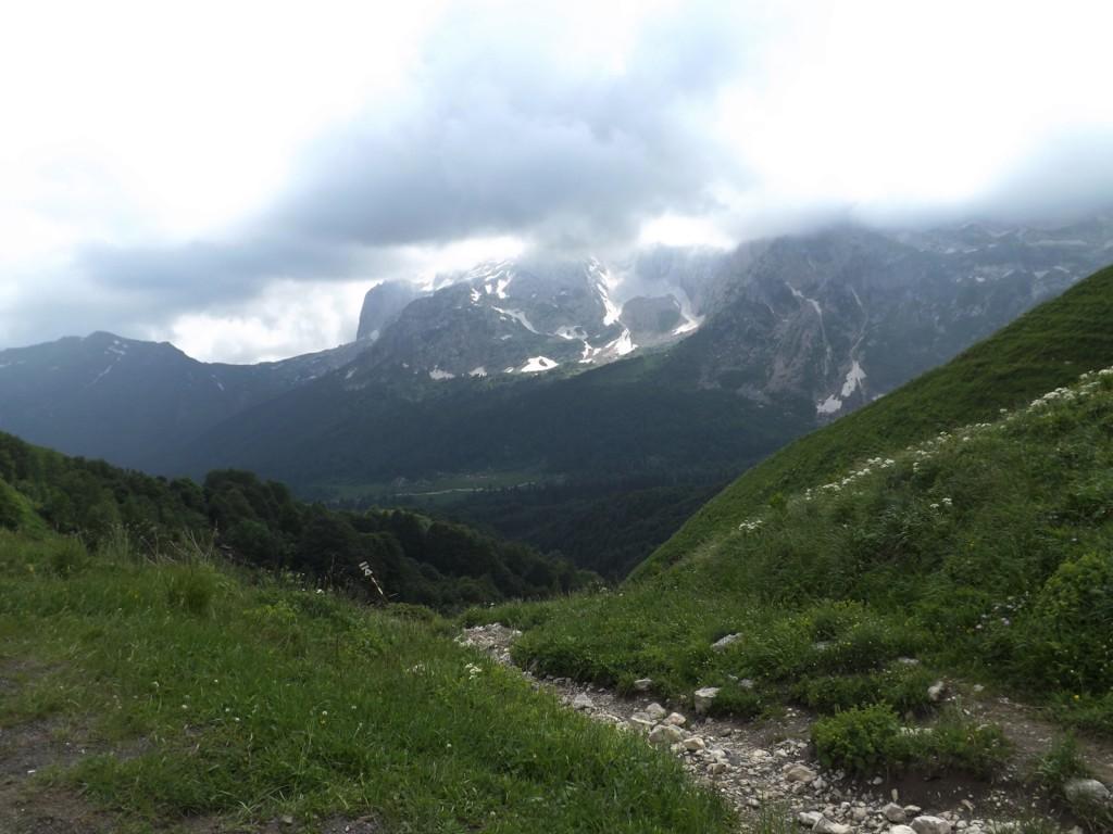 Фишт приют с Армянского перевала