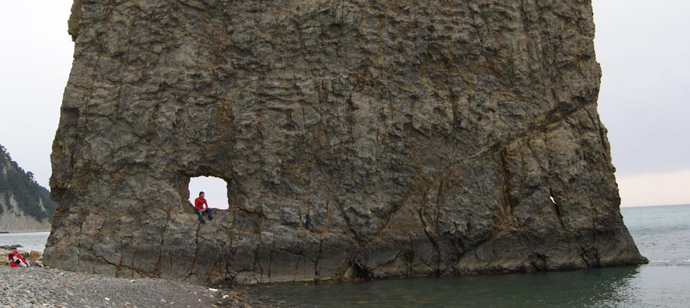 Дикий пляж Джанхота, Скала Парус. Геленджикский район