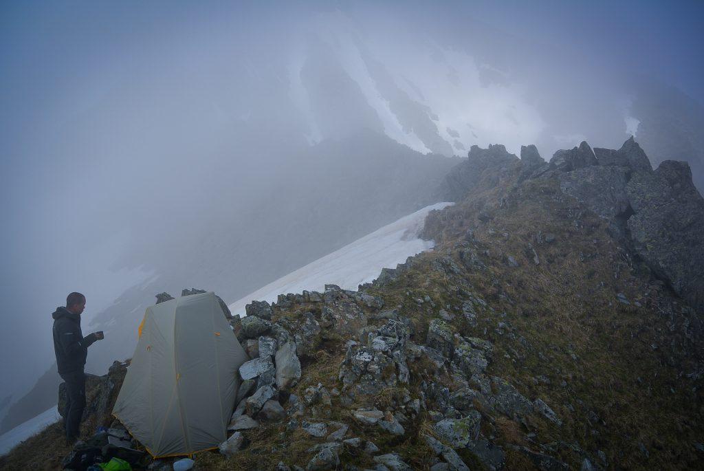 Лагерь на перевале Транскавказ